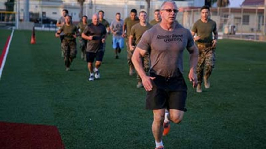 Chef Robert Irvine takes on military suicides, mental illness